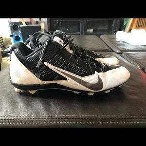 Nike alpha pro football cleats
